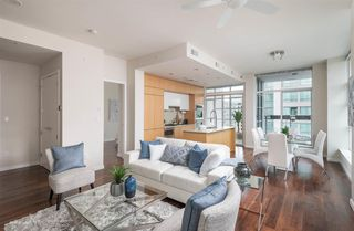 "Main Photo: 1401 1205 HOWE Street in Vancouver: Downtown VW Condo for sale in ""Alto"" (Vancouver West)  : MLS®# R2348347"