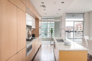 "Photo 6: 1401 1205 HOWE Street in Vancouver: Downtown VW Condo for sale in ""Alto"" (Vancouver West)  : MLS®# R2348347"