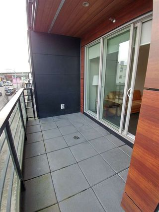 "Photo 8: 214 1628 W 4TH Avenue in Vancouver: False Creek Condo for sale in ""RADIUS"" (Vancouver West)  : MLS®# R2349036"
