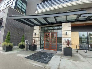 "Main Photo: 214 1628 W 4TH Avenue in Vancouver: False Creek Condo for sale in ""RADIUS"" (Vancouver West)  : MLS®# R2349036"