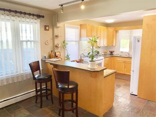 Photo 8: 10427 140 Street in Edmonton: Zone 11 House for sale : MLS®# E4148426