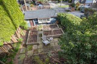 Photo 14: 647 E 21ST Avenue in Vancouver: Fraser VE House for sale (Vancouver East)  : MLS®# R2354074