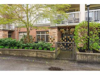 "Photo 2: 107 6500 194 Street in Surrey: Clayton Condo for sale in ""SUNSET GROVE"" (Cloverdale)  : MLS®# R2356040"