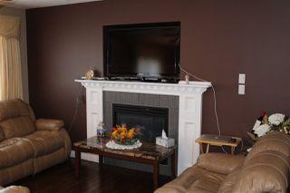 Photo 2: 3206 152 Avenue NE in Edmonton: Zone 35 House Half Duplex for sale : MLS®# E4152122