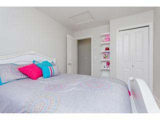 "Photo 14: 11 7198 179 Street in Surrey: Cloverdale BC Townhouse for sale in ""WALNUTRIDGE"" (Cloverdale)  : MLS®# R2366816"