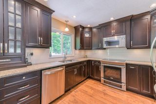 "Photo 7: 8628 146A Street in Surrey: Bear Creek Green Timbers House for sale in ""BEAR CREEK/GREEN TIMBERS"" : MLS®# R2368868"