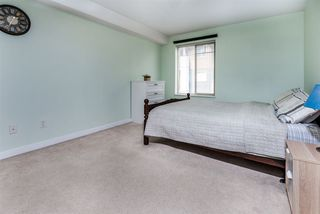 """Photo 12: 2421 244 SHERBROOKE Street in New Westminster: Sapperton Condo for sale in """"COPPERSTONE"""" : MLS®# R2369806"""