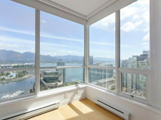 """Photo 14: 3507 1328 W PENDER Street in Vancouver: Coal Harbour Condo for sale in """"Classico"""" (Vancouver West)  : MLS®# R2377546"""