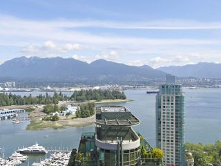 """Photo 9: 3507 1328 W PENDER Street in Vancouver: Coal Harbour Condo for sale in """"Classico"""" (Vancouver West)  : MLS®# R2377546"""