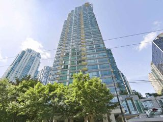 """Main Photo: 3507 1328 W PENDER Street in Vancouver: Coal Harbour Condo for sale in """"Classico"""" (Vancouver West)  : MLS®# R2377546"""