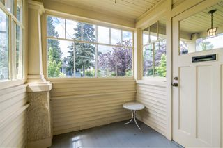 Photo 2: 1012 LONDON Street in New Westminster: Moody Park House for sale : MLS®# R2379004