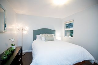 "Photo 11: 106 1023 WOLFE Avenue in Vancouver: Shaughnessy Condo for sale in ""Sitco Manor"" (Vancouver West)  : MLS®# R2379342"