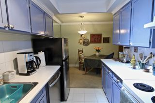 """Photo 3: 106 2710 LONSDALE Avenue in North Vancouver: Upper Lonsdale Condo for sale in """"The Lonsdale"""" : MLS®# R2382741"""