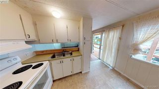 Photo 9: 27-2500 Florence Lake  |  Manufactured Home For Sale