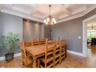 Photo 5: 6233 165 Street in Surrey: Cloverdale BC House for sale (Cloverdale)  : MLS®# R2384596