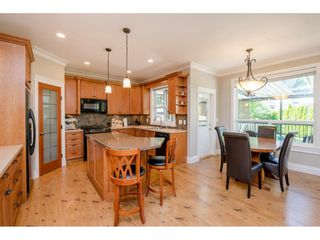 Photo 8: 6233 165 Street in Surrey: Cloverdale BC House for sale (Cloverdale)  : MLS®# R2384596