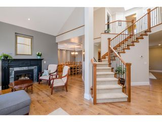 Photo 3: 6233 165 Street in Surrey: Cloverdale BC House for sale (Cloverdale)  : MLS®# R2384596