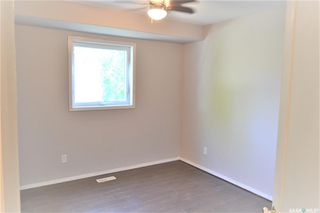 Photo 9: 318 Wedge Road in Saskatoon: Dundonald Residential for sale : MLS®# SK778676