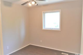 Photo 10: 318 Wedge Road in Saskatoon: Dundonald Residential for sale : MLS®# SK778676