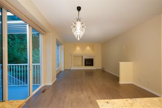 Photo 10: 1837 CAMELBACK Court in Coquitlam: Westwood Plateau House for sale : MLS®# R2399755