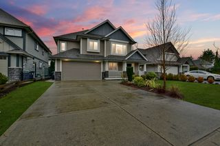 Photo 2: 3387 272B Street in Langley: Aldergrove Langley House for sale : MLS®# R2420406