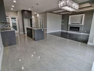 Photo 4: 7432 182 Avenue in Edmonton: Zone 28 House for sale : MLS®# E4186251