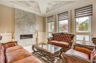 Photo 2: 5315 FLEMING Street in Vancouver: Knight House for sale (Vancouver East)  : MLS®# R2453291