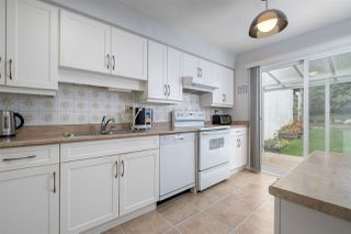 Photo 2: 537 SAN REMO Drive in Port Moody: North Shore Pt Moody House for sale : MLS®# R2498199