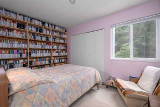 Photo 16: 537 SAN REMO Drive in Port Moody: North Shore Pt Moody House for sale : MLS®# R2498199