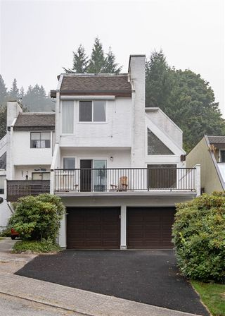 Photo 36: 537 SAN REMO Drive in Port Moody: North Shore Pt Moody House for sale : MLS®# R2498199