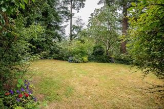 Photo 35: 2640 E MacDonald Dr in : SE Queenswood House for sale (Saanich East)  : MLS®# 858356