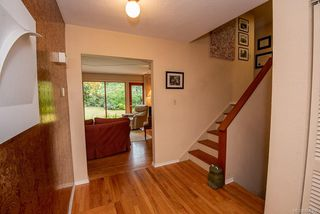 Photo 4: 2640 E MacDonald Dr in : SE Queenswood House for sale (Saanich East)  : MLS®# 858356