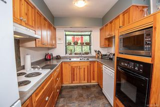 Photo 11: 2640 E MacDonald Dr in : SE Queenswood House for sale (Saanich East)  : MLS®# 858356