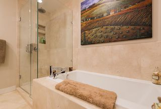 """Photo 23: 8555 SEASCAPE Lane in West Vancouver: Howe Sound Townhouse for sale in """"Seascapes"""" : MLS®# R2512079"""
