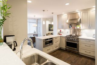 """Photo 18: 8555 SEASCAPE Lane in West Vancouver: Howe Sound Townhouse for sale in """"Seascapes"""" : MLS®# R2512079"""