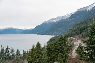 """Photo 31: 8555 SEASCAPE Lane in West Vancouver: Howe Sound Townhouse for sale in """"Seascapes"""" : MLS®# R2512079"""