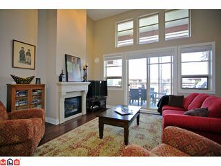 "Photo 4: 308 16469 64 Avenue in Surrey: Cloverdale BC Condo for sale in ""St. Andrews at Northwest"" (Cloverdale)  : MLS®# F1123880"