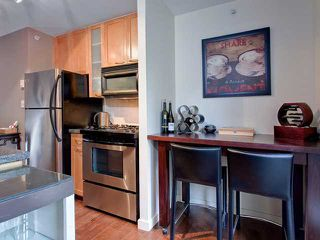 """Photo 6: 302 989 RICHARDS Street in Vancouver: Downtown VW Condo for sale in """"MONDRIAN"""" (Vancouver West)  : MLS®# V915179"""