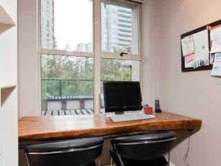 """Photo 5: 302 989 RICHARDS Street in Vancouver: Downtown VW Condo for sale in """"MONDRIAN"""" (Vancouver West)  : MLS®# V915179"""