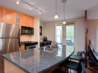 """Photo 1: 302 989 RICHARDS Street in Vancouver: Downtown VW Condo for sale in """"MONDRIAN"""" (Vancouver West)  : MLS®# V915179"""