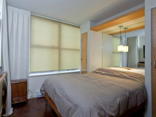 """Photo 7: 302 989 RICHARDS Street in Vancouver: Downtown VW Condo for sale in """"MONDRIAN"""" (Vancouver West)  : MLS®# V915179"""