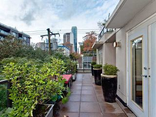 """Photo 10: 302 989 RICHARDS Street in Vancouver: Downtown VW Condo for sale in """"MONDRIAN"""" (Vancouver West)  : MLS®# V915179"""