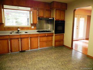 Photo 4: 541 Nootka St in COMOX: CV Comox (Town of) House for sale (Comox Valley)  : MLS®# 654876