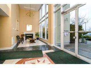 Photo 2: 2005 14820 104TH Avenue in Surrey: Guildford Condo for sale (North Surrey)  : MLS®# F1402422