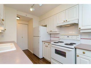 Photo 8: 2005 14820 104TH Avenue in Surrey: Guildford Condo for sale (North Surrey)  : MLS®# F1402422