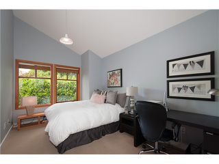 Photo 10: 604 THE DEL in North Vancouver: Delbrook House for sale : MLS®# V1065926