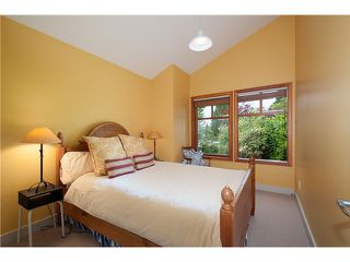 Photo 11: 604 THE DEL in North Vancouver: Delbrook House for sale : MLS®# V1065926