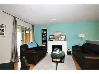 "Photo 3: 322 12248 224TH Street in Maple Ridge: East Central Condo for sale in ""URBANO"" : MLS®# V1103751"