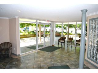 "Photo 2: 306 1588 BEST Street: White Rock Condo for sale in ""THE MONTEREY"" (South Surrey White Rock)  : MLS®# F1432926"