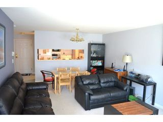 "Photo 4: 306 1588 BEST Street: White Rock Condo for sale in ""THE MONTEREY"" (South Surrey White Rock)  : MLS®# F1432926"